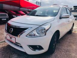 Nissan - Versa 1.6 Unique c/ GNV