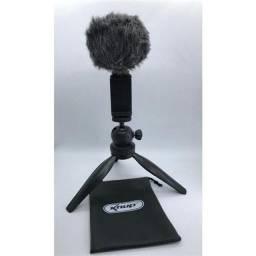 Microfone condensador com tripé