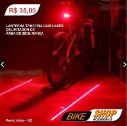 Lanterna traseira com Laser delimitador de Área de Segurança