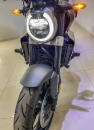 Cb1000r café race moto tá impecável nova !!!