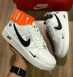 Tênis Nike AirForce Promoção