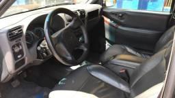 Vende-se S10 Flex, super conservada - 2011