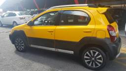 Etios Cross 1.5 2014. Super Novo. - 2014