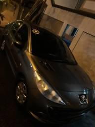 Peugeot 207 Passion 1.4 Flex - 2011