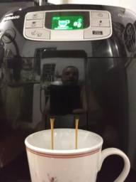 Máquina de café cafeteira Saeco Intelia