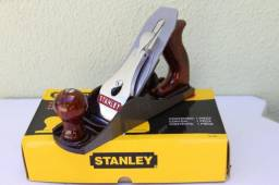 Plaina Profissional Manual Global Nº4 9.3/4 (248 Mm) Stanley Vermelha