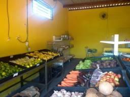 Vende se banca de verduras