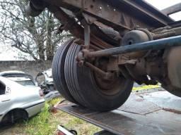 Sucata ford cargo 815 2004 somente para vendas de peças