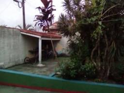 Casa isolada com terreno de 260metros no Jardim Real