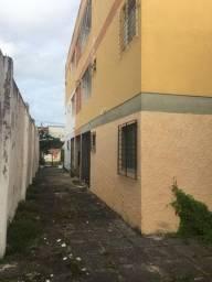 Apartamento bem localizado 2qts R$ 110 mil.