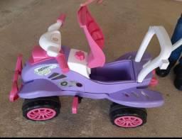 Quadriciclo infantil pedal