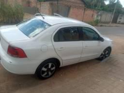 Volkswagen voyge 1.0 branco 2010