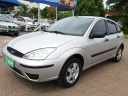 Ford/focus hatch 1.6 completo impecavel