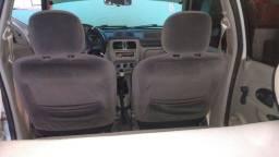 Clio 2004