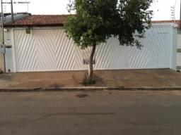 Casa para Venda em Várzea Grande, Vitória Régia, 3 dormitórios, 1 suíte, 3 banheiros, 4 va