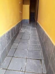 Casa 2 quartos - Quitandinha