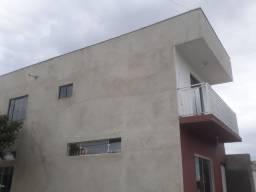 Alugo segundo piso (a 2 quadras do parque Cachoeira) 2 quartos