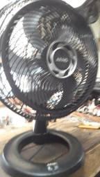 Um ventilador arno turbo