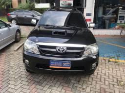 Toyota Hilux SW4 4x4 3.0 TDI