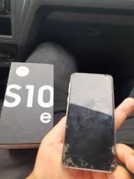 Samsung s10e com display queimado, telas trincada