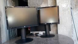 """Vendo dois monitores Hp 19"""" com pés articulados 250 cada."""
