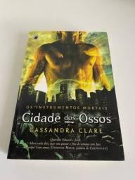 Livro Cidade dos Ossos