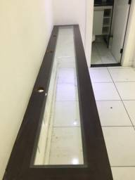 Bancada em MDF, tampo de vidro e pés de Inox 3m x 40cm