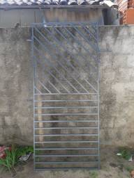 Grade em metalon para proteção de porta:zap *29