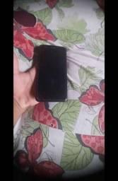 Vendo um celular k11+  ele e 32 GB de memória e 3gb de RAM