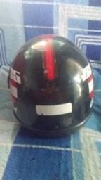 Vendo capacete de moto.