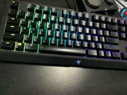 Teclado Mecânico Gamer Razer BlackWidow Tournament V2, Chroma, Razer Switch Orange,