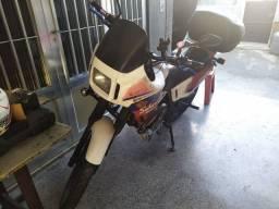 Moto Honda Sahara 350