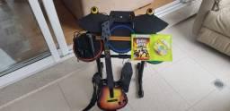 Bateria Guitarra Microfone e Jogo Guitar Hero World Tour Xbox360