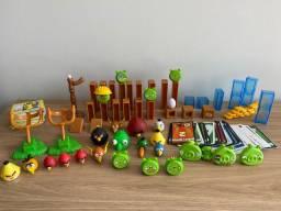Brinquedo Jogo Angry Birds com vários personagens