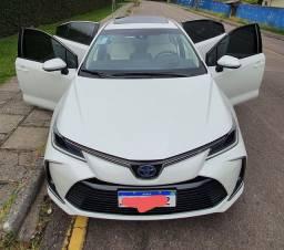 Corolla Altis Premium Hybrid Hibrido