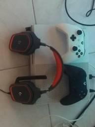 Xbox one s + headset da Logitech