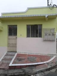 Aluga-se casa R$500,00
