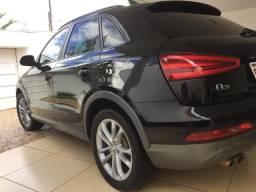 Audi Q3 2.0T Top com teto (Aceito trocas) - 2013