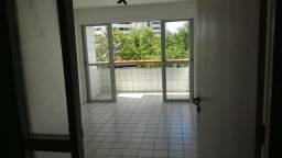 AA2 - Apartamento à venda, 3 quartos, sendo 1 suíte, em Boa Viagem