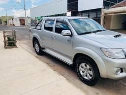 Toyota Hilux CD 4x4 SRV - 2013 - Diesel - Completa - 2013