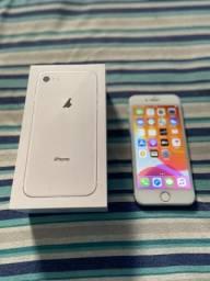 Iphone 8 64 (ACEITO CARTÕES - MEDIANTE ACRÉSCIMO)