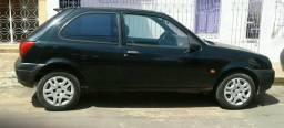 Carro fiesta - 2001
