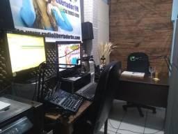 Rádio comunitário completa