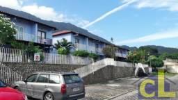 Casa duplex,de 02 quartos, em condomínio fechado em Muriqui