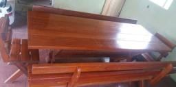 Mesa para área  de churrasco.