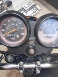Moto 2011  toda em dias único dono  zap *     valor   6.000.00