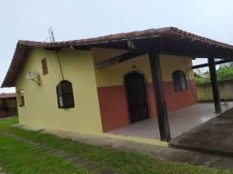 Alugo casa em Rio das ostras para moradia ou temporada.