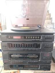Vendo dois sons am ,fm ,vinil ,cd fita k7