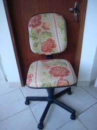 Cadeira Diretor giratória forada decoração Oportunidade!!!!