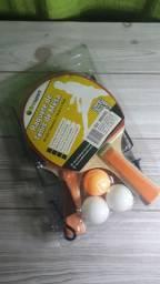 Ping pong com rede, bolas e suporte
